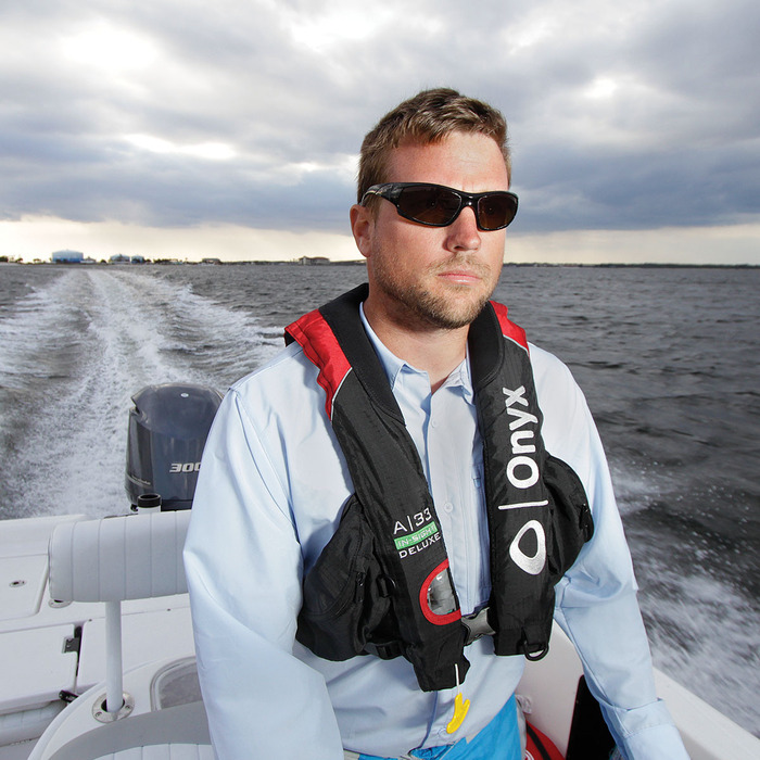 onyx automatic manual inflatable life jacket