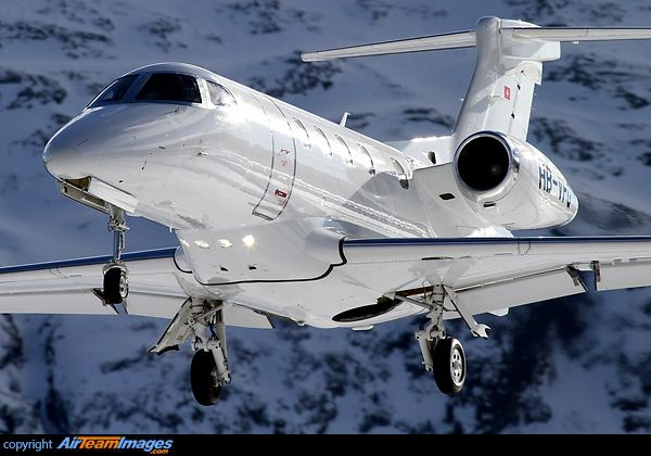 phenom 300 airplane flight manual